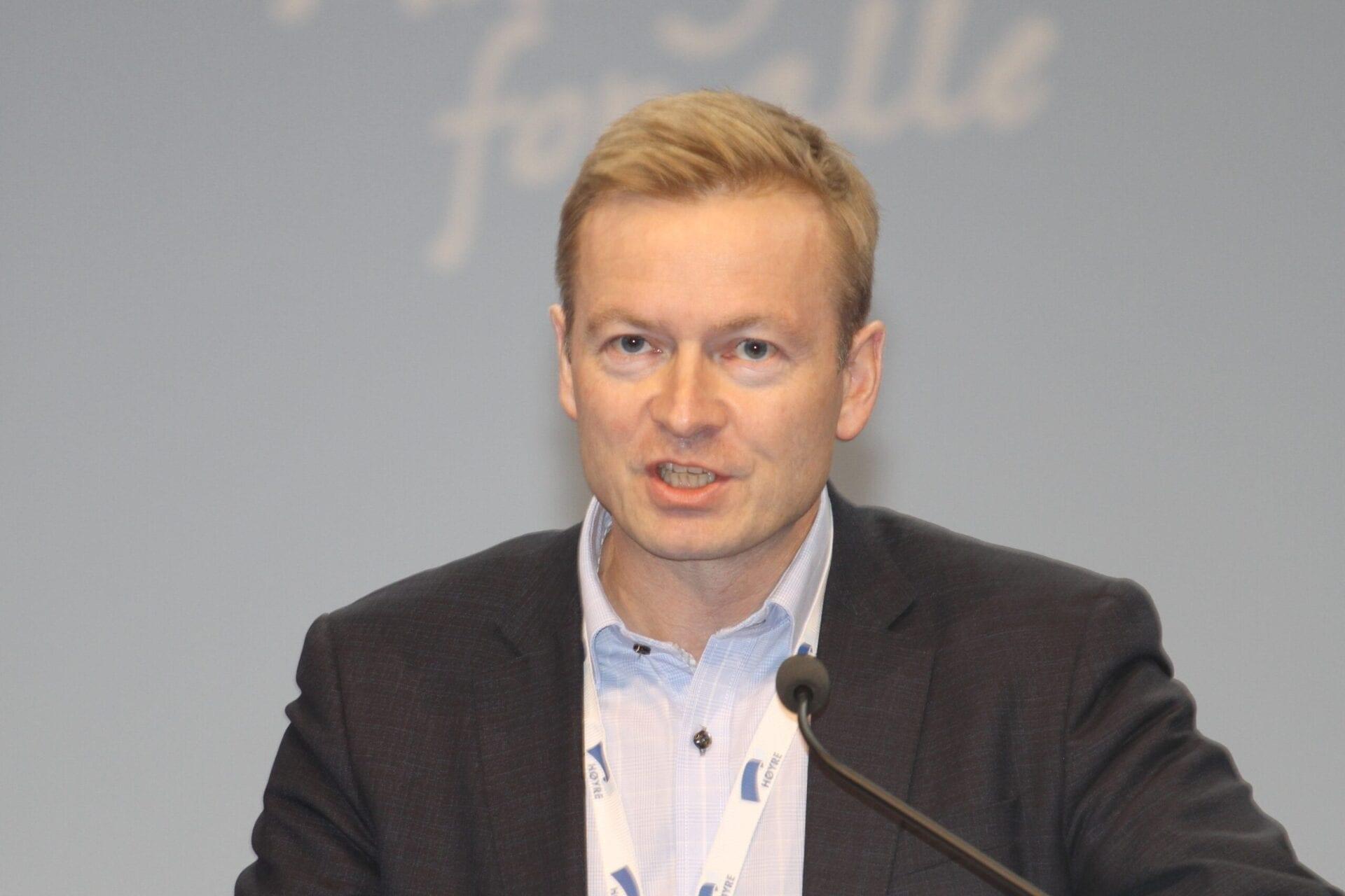 Kjetil Ree, Wikipedia.org